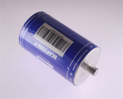 capacitor across battery terminals maxwell 2000f 2 7v battery back up capacitor k2 series ultracapacitors boostcap ebay
