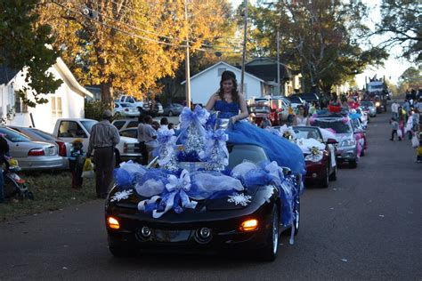 How To Decorate Car For Parade by Car Parade Decorating Ideas Pictures