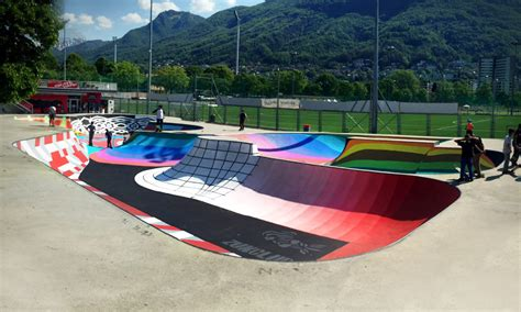 panoramio photo of una pista color arcobaleno galer 237 a de intervenci 243 n urbana skatepark sundial una