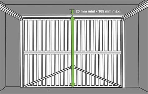 changer sa porte de garage 3878 comment motoriser une porte de garage basculante leroy