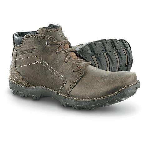 cat mens boots s cat 174 footwear transform chukka mid cut boots muddy