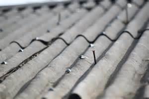 poser de la t 244 le ondul 233 e sur une toiture