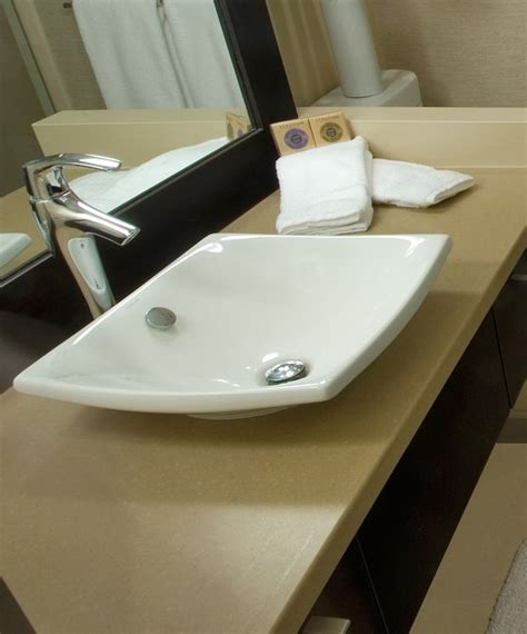 hawaiian badezimmer kohler sink and faucet modern badezimmer hawaii
