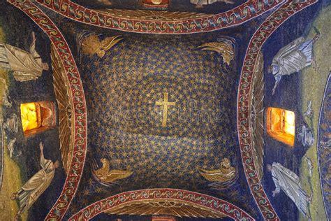 mausoleo di galla placidia interno mausoleo di galla placidia immagine stock editoriale