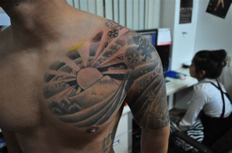japanese rising sun tattoo rising sun tattoos designs ideas and mraning tattoos