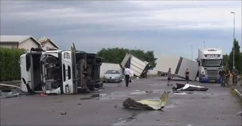door to door children s transport ta fl transport vrachtwagen transportbedrijf bas