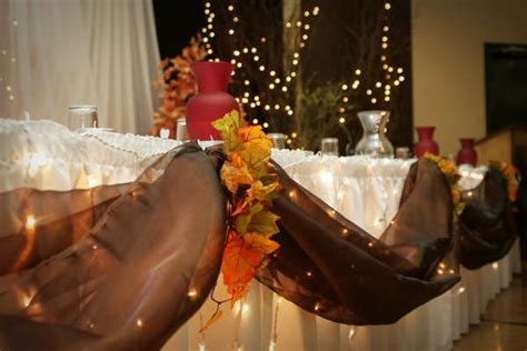 T511 Beast Set Brown List Brown rustic brown white centerpieces fall indoor reception
