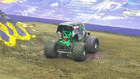 truck jam columbus ohio grave digger wins jam columbus ohio 2014