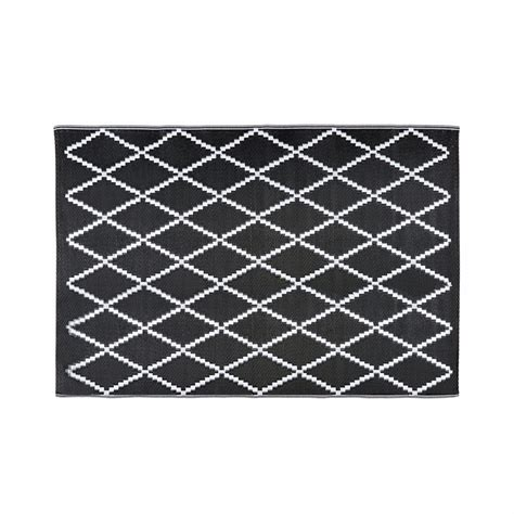 10 X 12 Black And White Geometric Rug by Black And White Geometric Motif Outdoor Rug 120x180