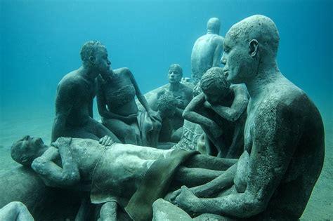 designboom underwater jason decaires taylor submerges underwater museum off the