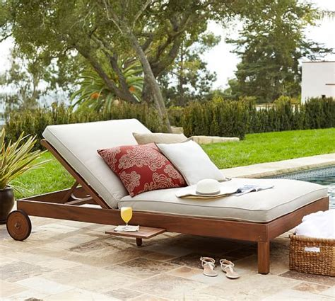 pottery barn chaise lounge pottery barn outdoor furniture 60 off sale furniture