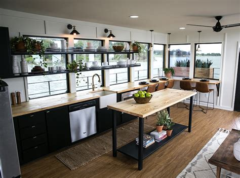 chip and joanna gaines houseboat see chip joanna gaines most memorable fixer uppers
