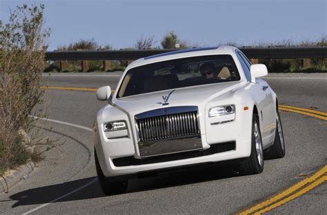 phantom ghost car rolls royce ghost v phantom autocar