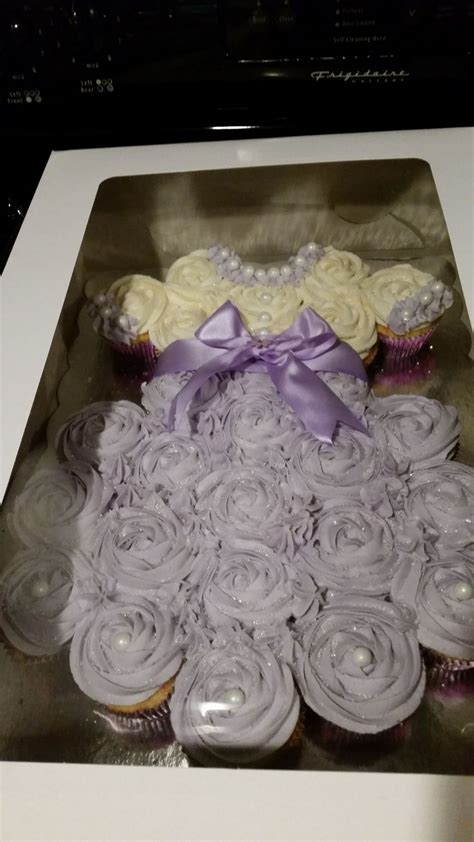How To Decorate Cupcakes For Baby Shower by 17 Best Ideas About Baby Shower Cupcakes On