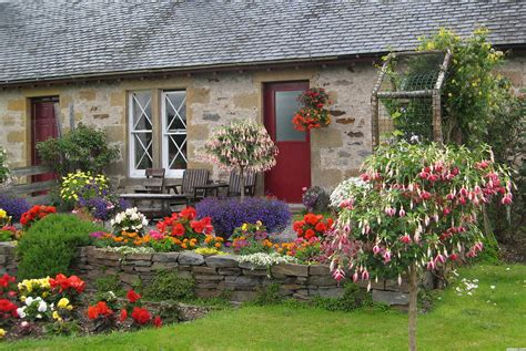 Garden Cottages by Creating Your Own Cottage Garden 171 Home Improvements
