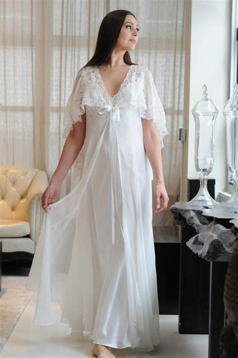 Negligee Luxury Nightdress In Silk Jane Woolrich Design 8674