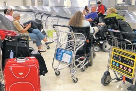 fauteuil roulant geneve m 233 saventure iberia laisse six handicap 233 s en rade 224 l a 233 roport de madrid news 232 ve actu