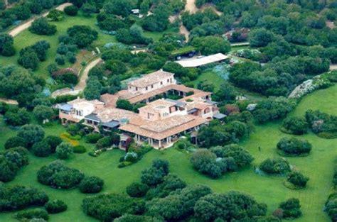 villa certosa porto rotondo principe saudita vuole comprare villa certosa berlusconi