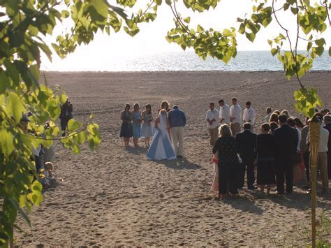 Wedding ceremony on Headlands Beach in Mentor, Ohio
