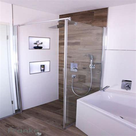 badezimmer mit badewanne und dusche badezimmer layout und kleines bad planen dusche badewanne
