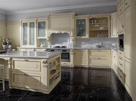 serenissima arredamenti cucina laccata foglia argento in stile veneziano