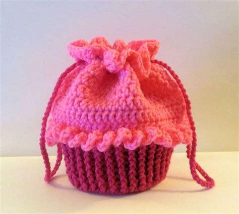 crochet pattern cupcake purse crochet cupcake purse crochet pinterest pink