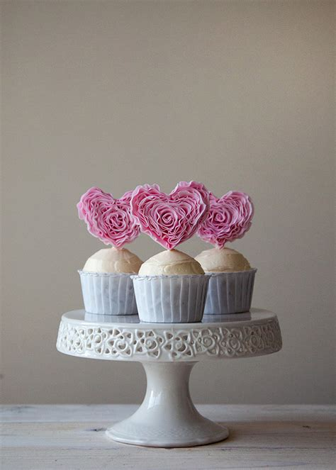 Cupcake Giveaway - ruffle heart cupcakes giveaway style sweet ca