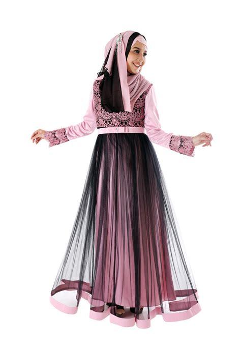Gamis Pesta Cantik wanita muslimah semakin cantik dengan busana model gamis