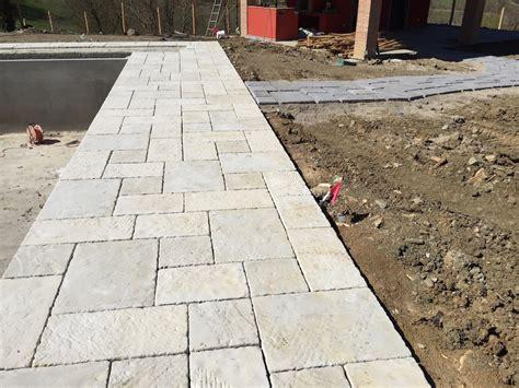 pavimenti in piastrelle pavimenti in finta pietra per interni