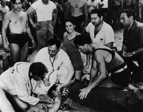 Weegee Photographs Photos Shocking Photos From Famed