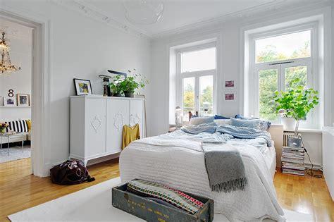 decorar 2 fotos juntas camas n 243 rdicas vestir una cama grande con dos fundas