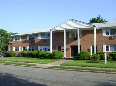 Garden Apartments Nj Garden State Apartments Hawthorne Nj Apartment Finder