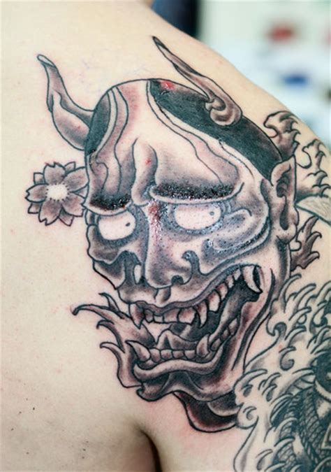 hannya mask tattoo black mask tattoos and designs page 25