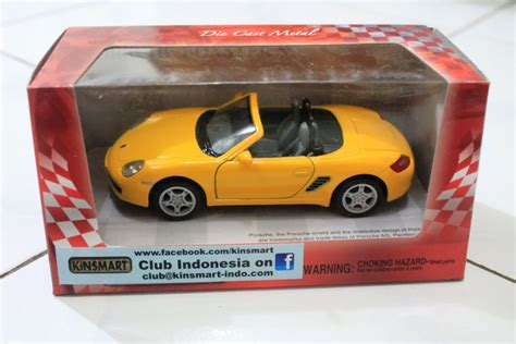 Diecast Mobil Porsche Cayman S Skala 132 Miniatur Mobil Porsche diecast atau miniatur mobil