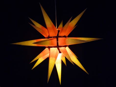 kleine herrnhuter sterne der sch 246 nste advents und weihnachtsstern fontblog