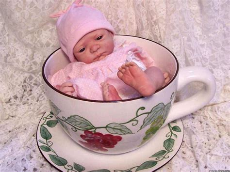 Gig Baby Cup by Shaza Shaa