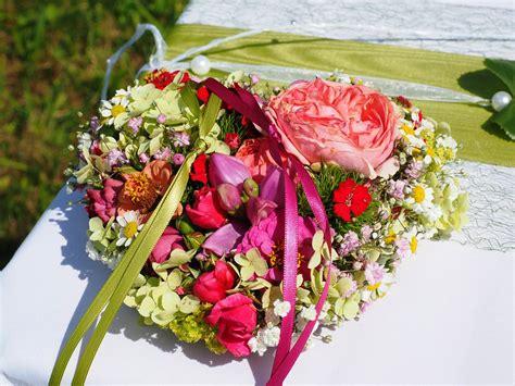 wallpaper bunga pernikahan 30 gambar desain karangan bunga nan indah