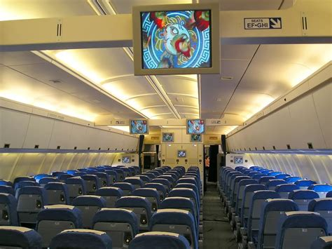 Cabin Class Economy by Is The Dreamliner Really So Awesome Article Mon 06