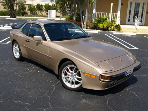 porsche hatchback 2 door 1987 porsche 944 2 door coupe 125538