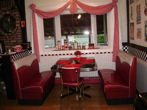 Joan's Retro Kitchen Diner Booth