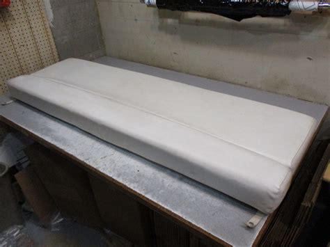 boat cushions wellcraft 1998 wellcraft excel 19ssx rear stern boat seat cushion