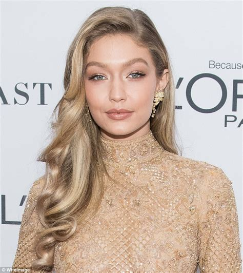Make Up Gigi Hadid gigi hadid s golden goddess make up tops looks