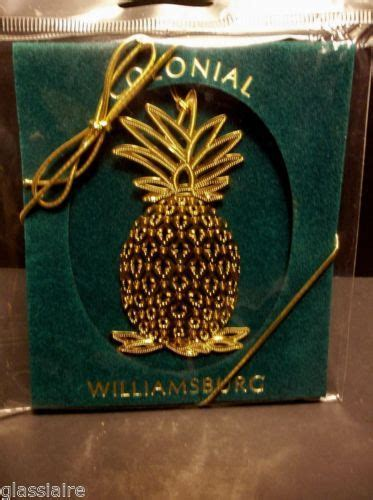 vintage colonial williamsburg christmas ornament gold