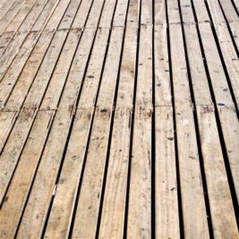clean mold  mildew  wood decks household