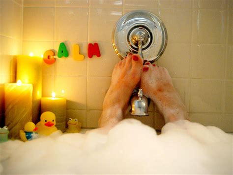 bathtub pregnancy pregnancy slideshows babycenter canada