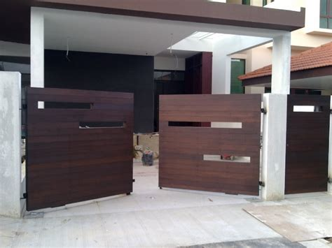modern wooden gate designs for homes fachadas e port 245 es