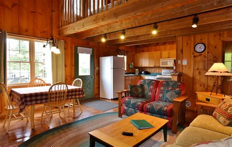 Cabin Rentals In Pittsburg Nh by Poplar Cabin At Timber Lodge Pittsburg Nh