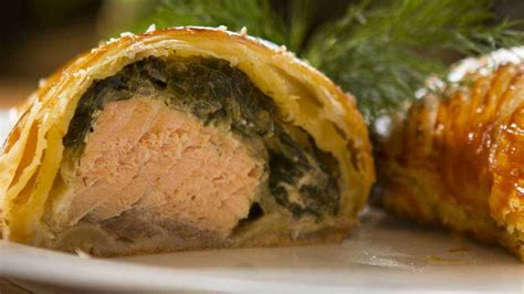 Salmon Encroute salmon en croute easy meals with recipes by chef