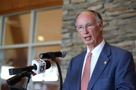 robert bentley gov bentley testified but is he target of special grand