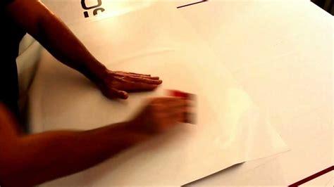 Folie Trocken Kleben klebefolie auf holz trocken verkleben youtube